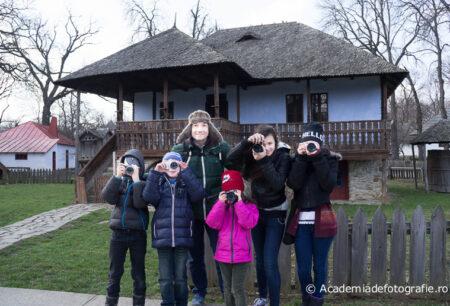 Atelier de fotografie pentru copii // 2 ore // Muzeul Satului